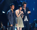 Kristen, Taylor and Rob at the VMA's - twilight-series photo