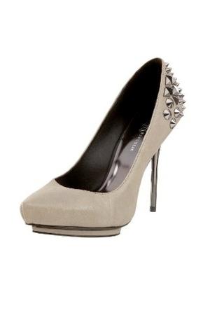 Kristen's Shoes (kinda classy rock'n'roll)