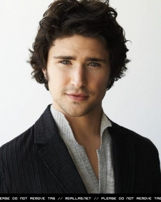 Matt Dallas wallpaper containing a business suit and a suit entitled Matt Dallas
