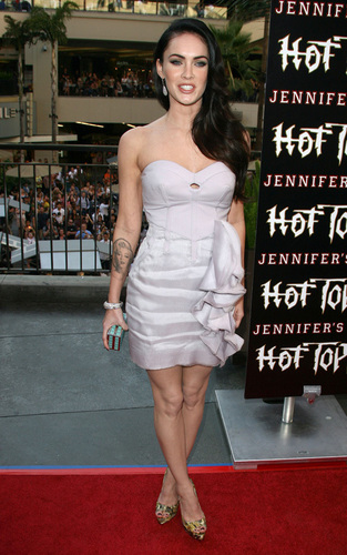 "Megan @ ""Jennifer's Body' Hot Topic"" tagahanga Event"