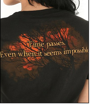 New Moon T-shirt (like the back of it)