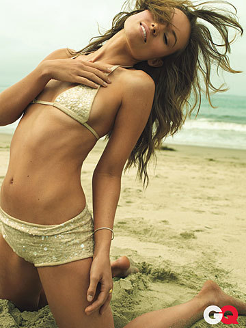 Olivia Wilde Hintergrund containing a bikini titled Olivia Wilde in GQ Magazine (October 2009)
