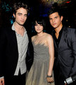 Robsten & Taylor Behind the Scenes at the VMAs - twilight-series photo