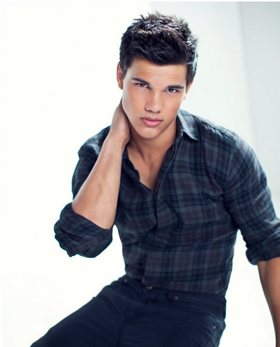 Jacob Black wallpaper possibly containing a well dressed person, an outerwear, and a leisure wear entitled Taylor TW