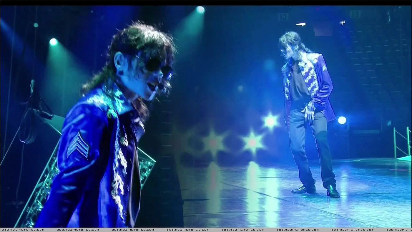 Michael jackson forever this is it la gira que nunca fue for Espectaculo forever michael jackson
