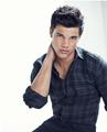 UHQ Megasized Taylor Lautner TW Photoshoot- WOW (and i'm not even on Team Jacob!) - twilight-series photo