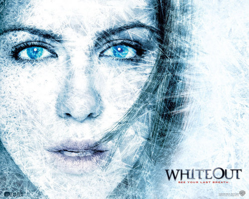 Whiteout kertas-kertas dinding
