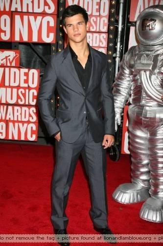 আরো Taylor এমটিভি Video সঙ্গীত Awards - Arrivals