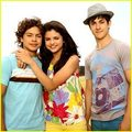 oh-oh-oh - wizards-of-waverly-place-the-movie photo