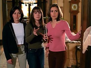 Piper Halliwell fond d'écran possibly with bare legs, a street, and an outerwear called power of three!!!:)