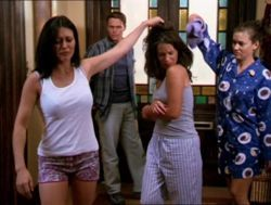 Piper Halliwell fond d'écran called power of three!!!:)