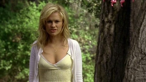 Sookie Stackhouse wallpaper probably containing a topo, início and a portrait titled sookie