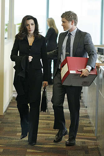 The Good Wife wallpaper containing a business suit called 1.01