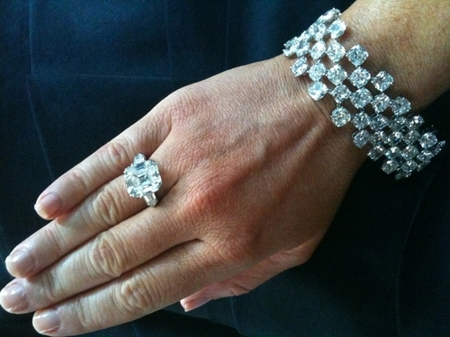 "And her hand..with her ""bling"""