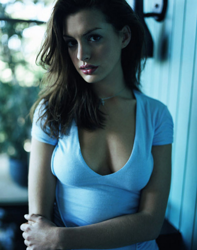 Anne - anne-hathaway Photo