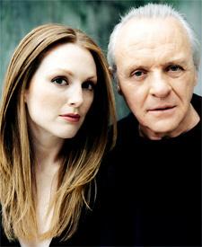 Anthony Hopkins & Julianne Moore