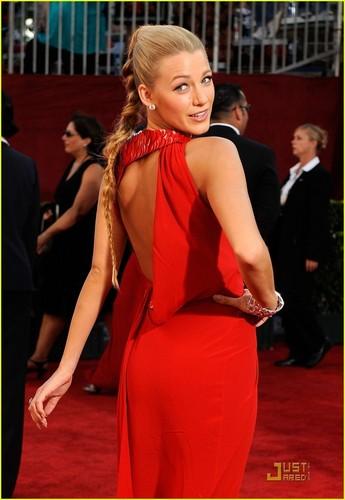 Blake Lively @ 2009 Primetime Emmy Awards