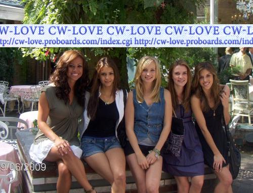 Candice, Kayla, Nina, Sara - Labour hari Weekend