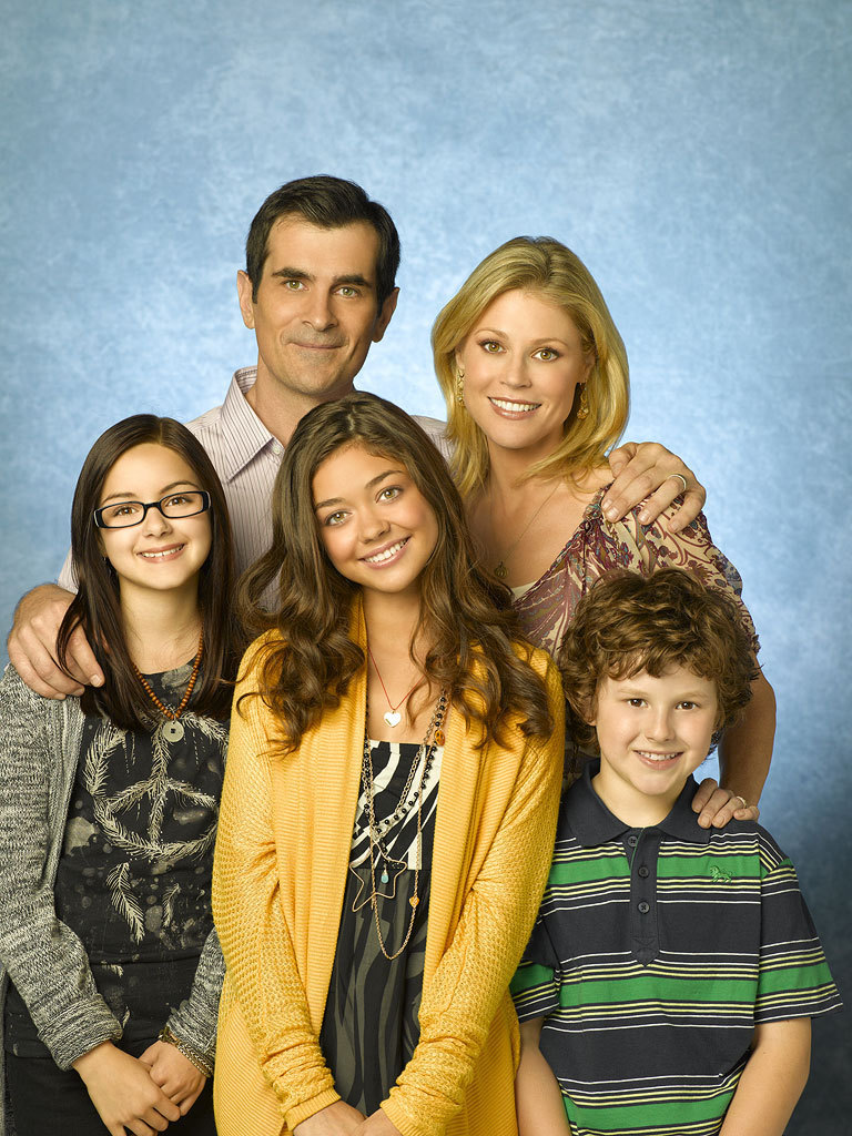 Modern family cast of modern family