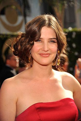 Cobie - 2009 Emmys