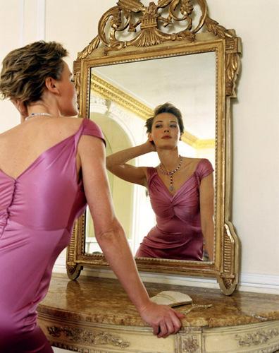 Pelakon wanita kertas dinding entitled Connie Nielsen