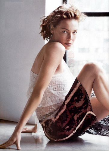 actrices fond d'écran possibly containing a cocktail dress entitled Connie Nielsen