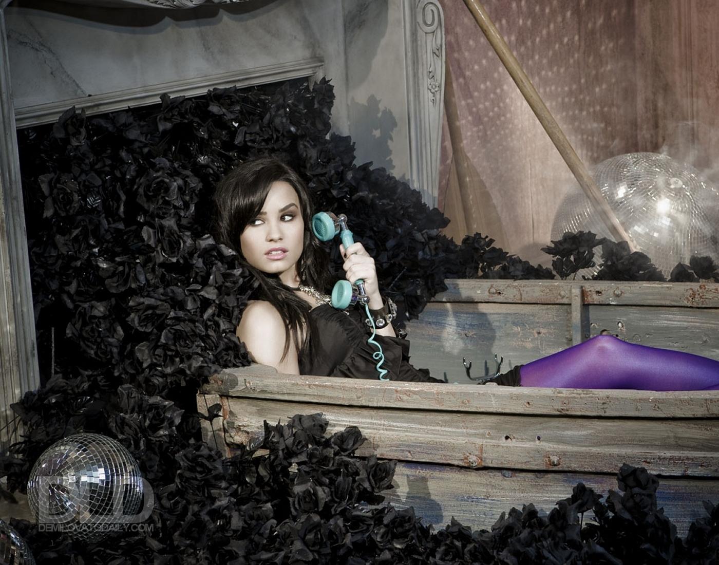 Demi Lovato HWGA Photo Shoot - demi-lovato photo