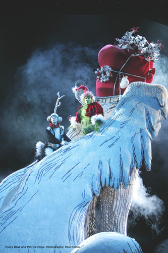 Dr. Seuss' HOW THE GRINCH украл, палантин CHRISTMAS!The Musical at The Pantages Theatre 11/10/09-1/03/10