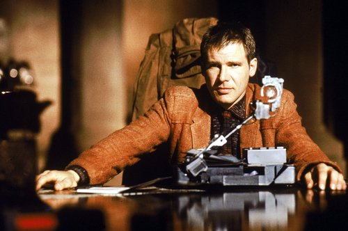 Blade Runner wallpaper possibly with a rifleman called Harrison Ford as Deckard in Bladerunner