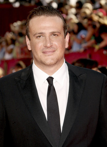 Jason Segel দেওয়ালপত্র containing a business suit, a suit, and a double breasted suit titled Jason - 2009 Emmys