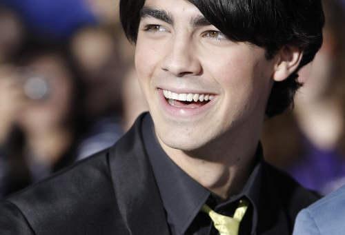Joe Jonas ^^