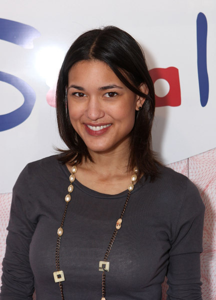 Julia Jones At Burberry Body Launch In Beverly Hills: Face Claims Of Color