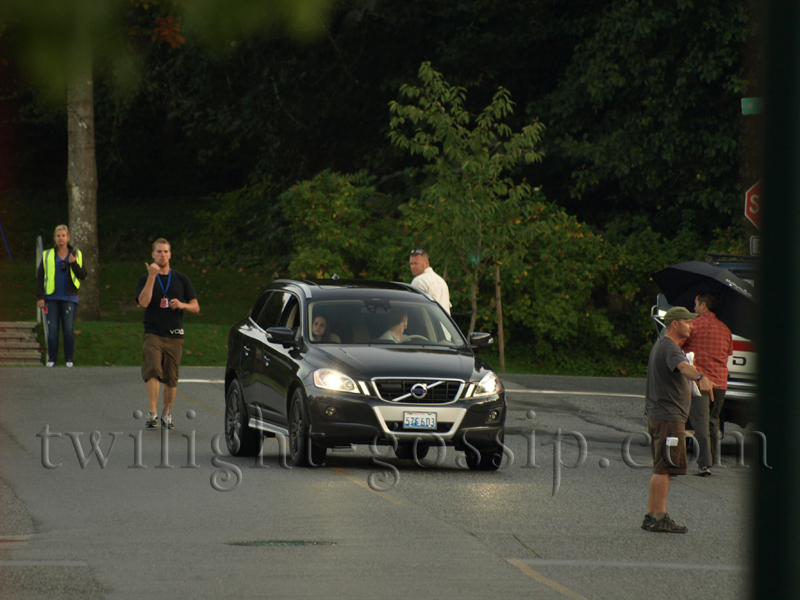 Kristen and Rob on the set Eclpise
