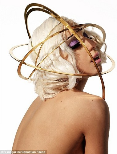 Lady GaGa News Of the World Magazine Nude bức ảnh