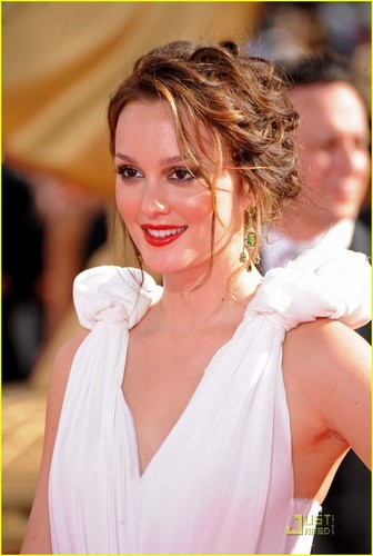 Leighton Meester @ 2009 Primetime Emmy Awards