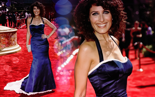 Lisa Edelstein wallpaper with a dinner dress, a cocktail dress, and a bridesmaid titled Lisa E Wallpaper