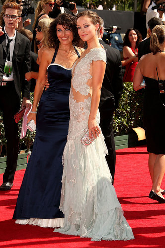 Lisa Edelstein & Olivia Wilde on the Red Carpet @ the 2009 Emmy Awards