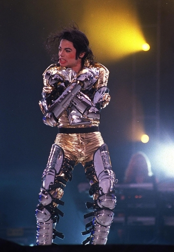 MJ in or (History Tour)