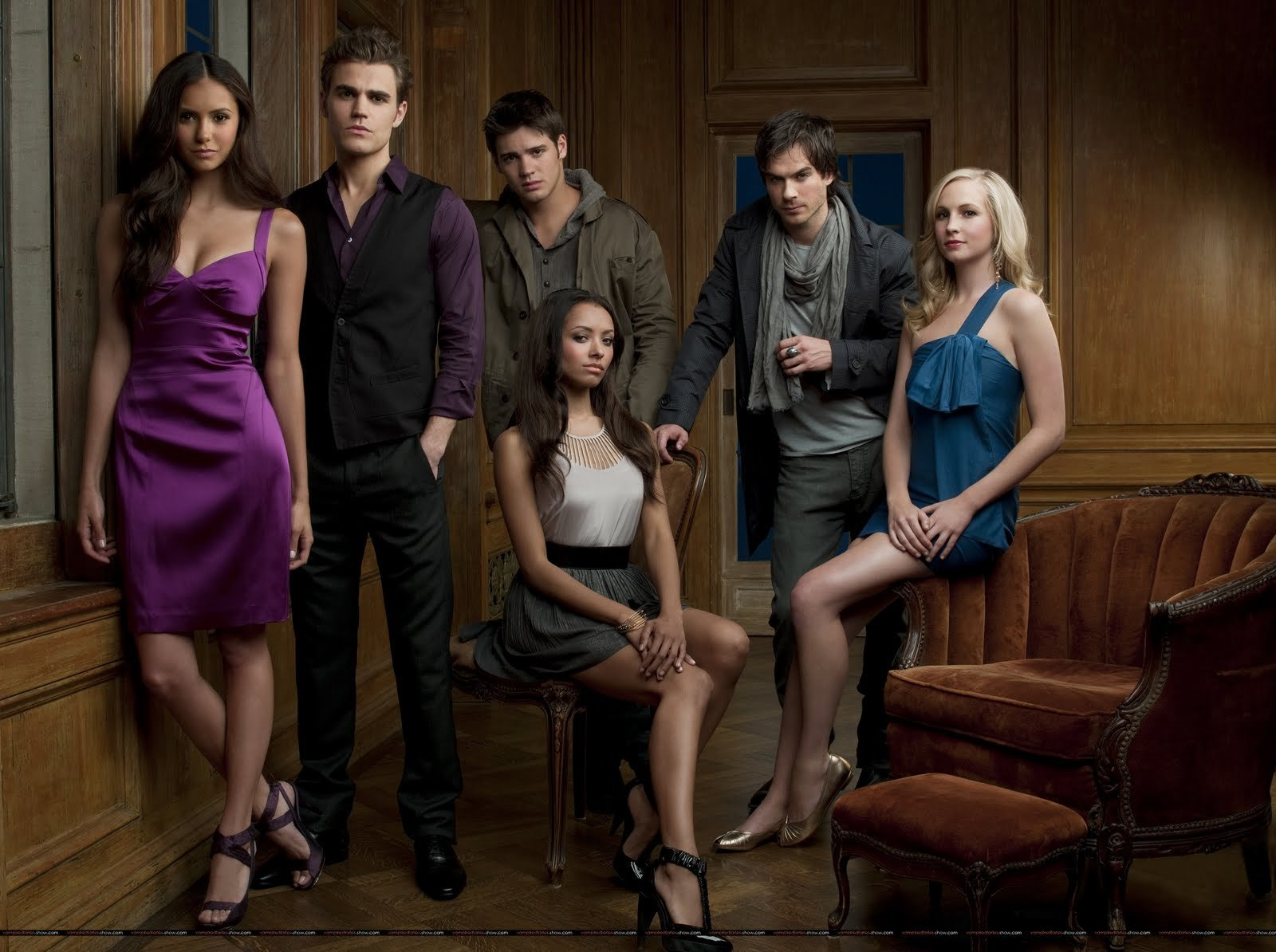 http://images2.fanpop.com/images/photos/8200000/New-cast-promo-pictures-the-vampire-diaries-tv-show-8246084-1600-1194.jpg