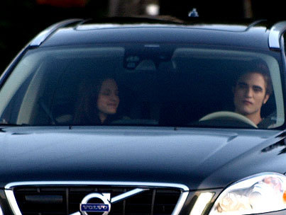 foto GALLERY: Robert Pattinson & Kristen Stewart Film Eclipse