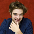 Robert Pattinson New & Old HQ Twilight Press Conference Pictures  - twilight-series photo