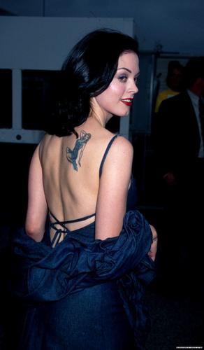Rose at 1997 엠티비 Movie Awards