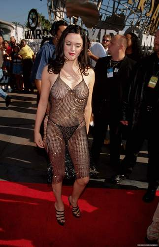 Rose at 1998 MTV music Awards - rose-mcgowan Photo