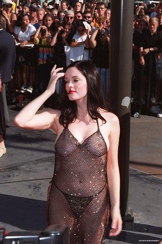 Rose at 1998 MTV muziek awards