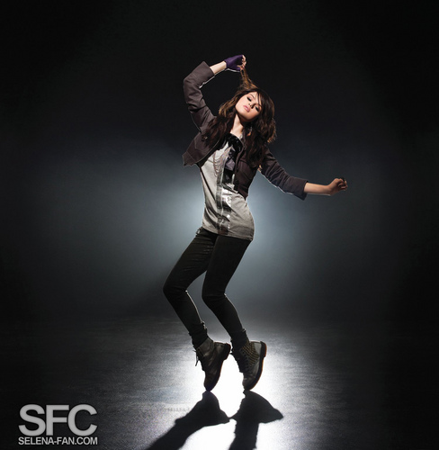 Selena's ciuman and Tell Photoshoot