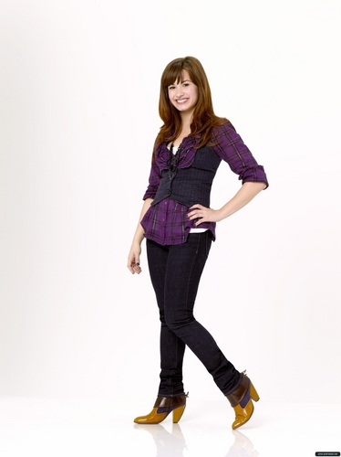 Sonny Munroe wallpaper containing a well dressed person and an outerwear called Sonny Munroe