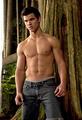Taylor shirtless! - twilight-series photo