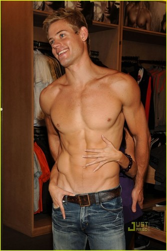 Trevor Donovan wolpeyper probably with a malaking piraso titled Trevor Donovan's shopping spree at A|X