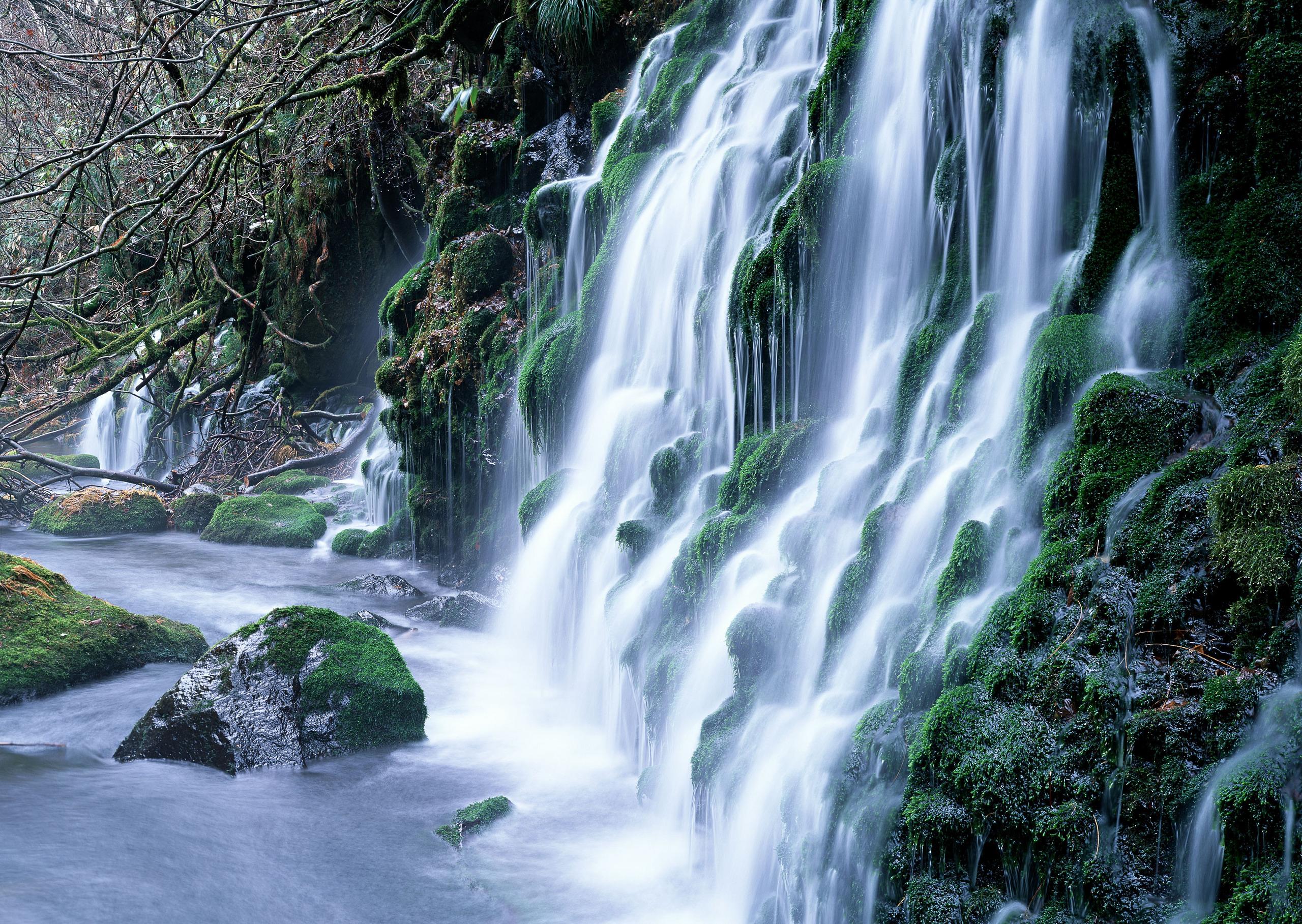 Mountains waterfalls waterfalls