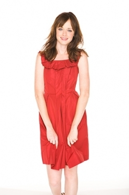 Alexis Bledel wallpaper possibly with a cocktail dress, a chemise, and a playsuit entitled  Alexis Bledel